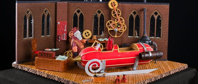The 2018 Grand Prize winning creation by Julie and Michael Andreacola from Indian Trail, NC,